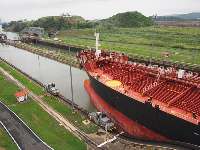 the historic development of the panama canal