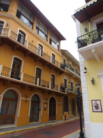 Spanish-Colonial-buildings-of-Casco-Viejo-(Old-Town)-Panama