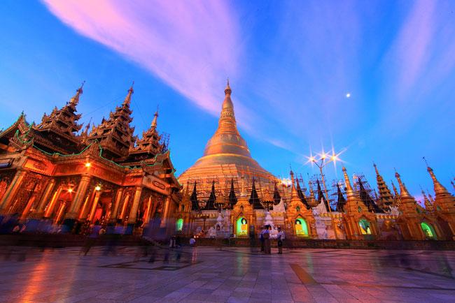 The Shwedagon Pagoda, officially named Shwedagon Zedi Daw