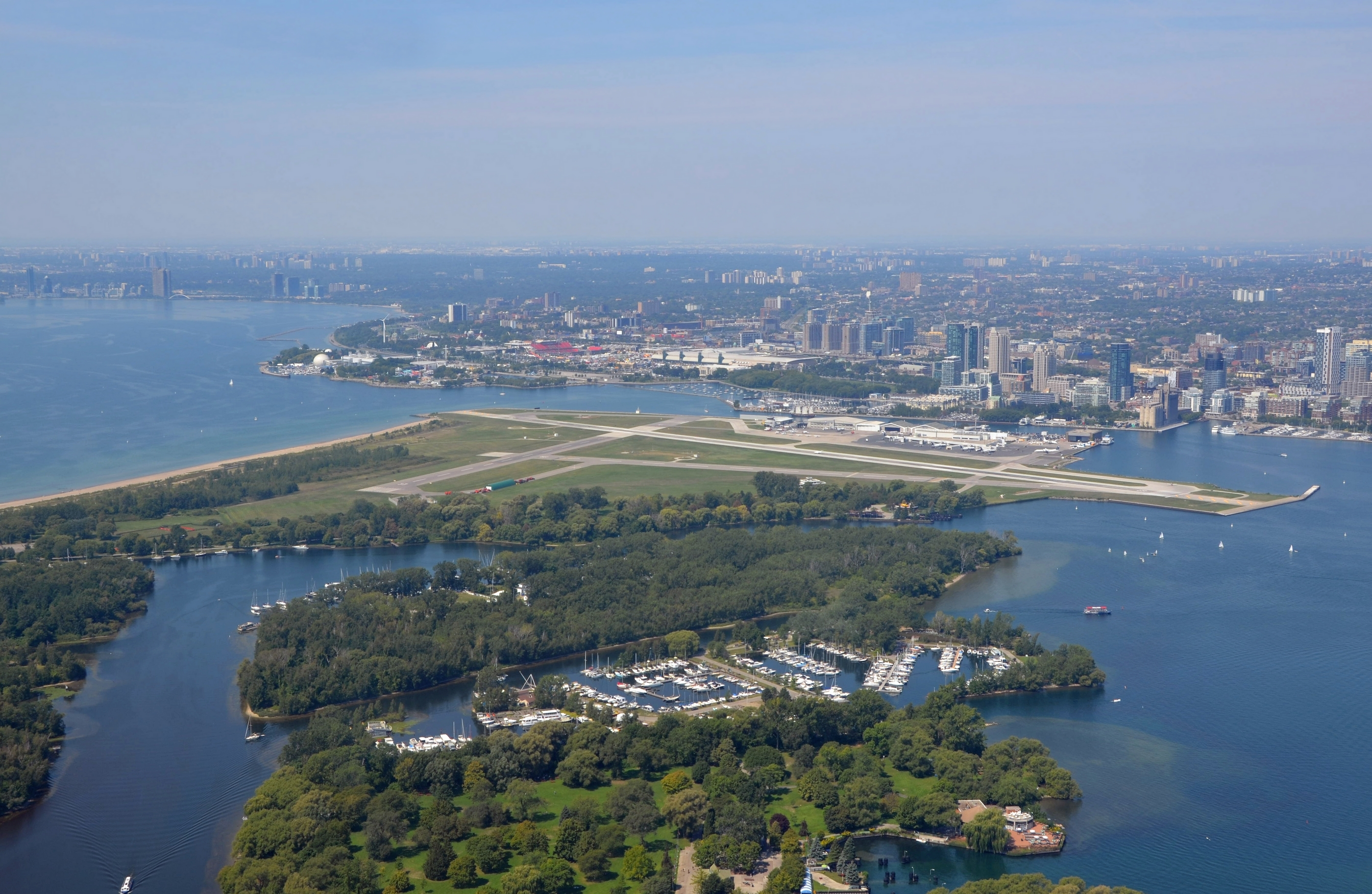 how to get to billy bishop airport from mississauga