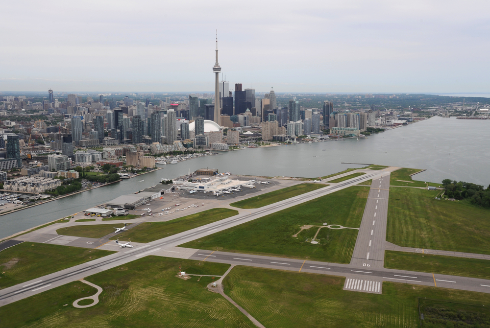 Air canada does not support jets landing at toronto 39 s for Porter canada