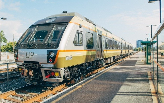 how to get from pearson airport to downtown