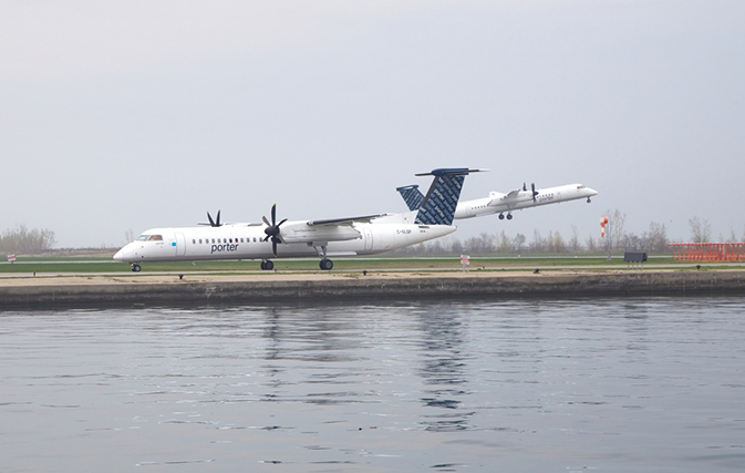 Porter airlines to use politics to test possible expansion for Porter canada