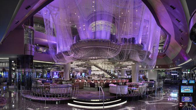 Chandelier Bar at The Cosmopolitan of Las Vegas