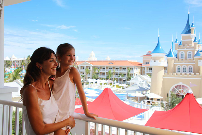 Date delegates get an eyeful of new luxury bahia principe for Hotel luxury bahia principe fantasia