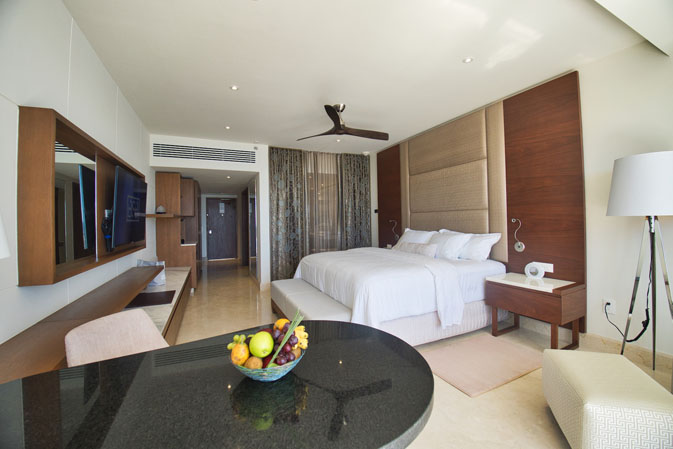 Le Blanc Spa Resort Los Cabos Goes All Glam For Its Grand