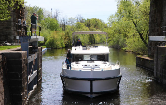 Le Boat opens first North American destination on the Rideau Canal