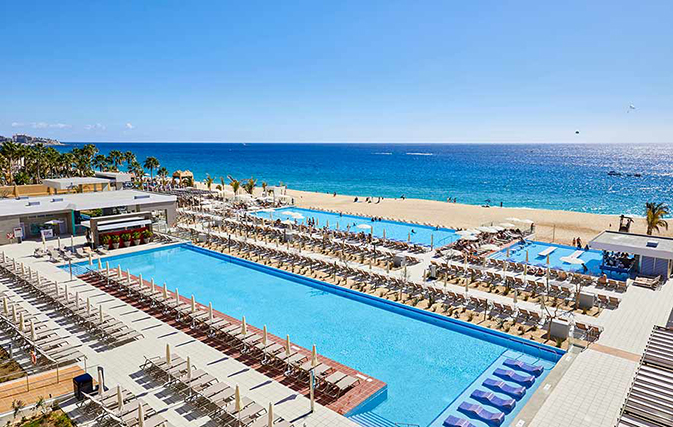 RIU opens its 20th property in Mexico, the Riu Palace Baja California