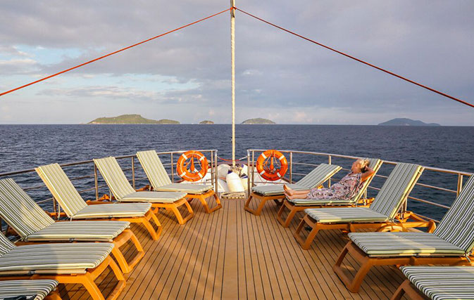 Book-Antarctica-Expedition-with-Intrepid-and-receive-a-free-Thailand-cruise_inside1
