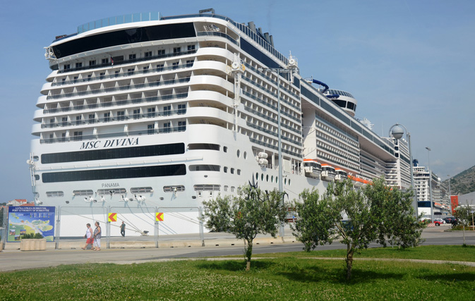 MSC pays 18% commission on groups for 2015/2016 MSC Divina sailings