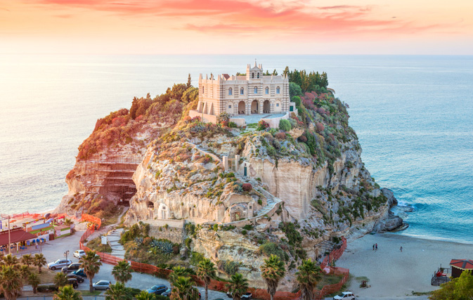 What are this summer's hottest destinations? Virtuoso finds out