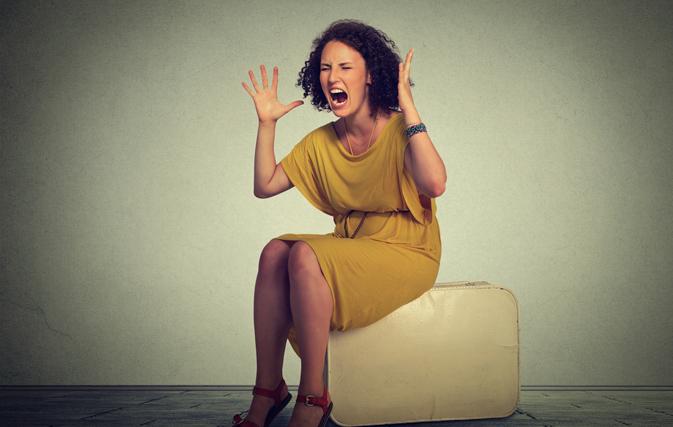 Woman demands a divorce, prompts 7-hour flight delay