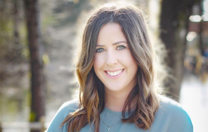 [人们] Kelsey GoStelow是Contiki的新销售经理,BC&Yukon