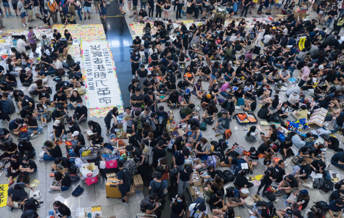 Flights-out-of-Hong-Kong-cancelled-again-amid-protests