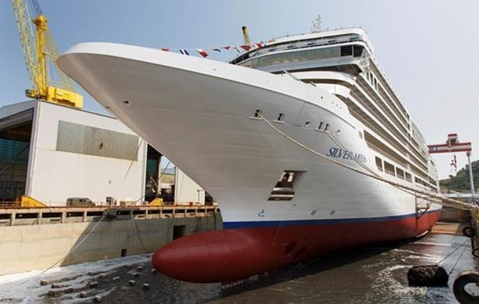 Silversea takes delivery of new ship