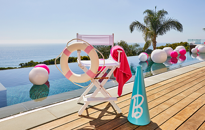 Get-a-load-of-Malibu-Barbies-Dream-House-up-for-rent-on-Airbnb-3