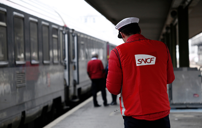National-strike-action-in-France-impacts-flights-trains-attractions