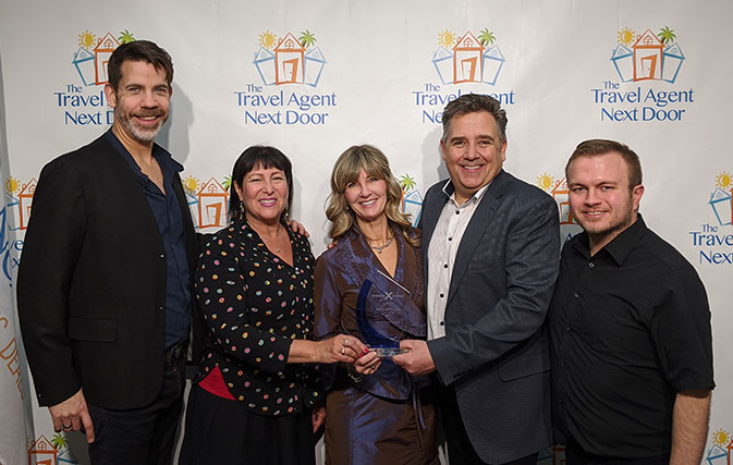 The-Travel-Agent-Next-Door-wins-Celebrity-Cruises-top-award-for-Canada