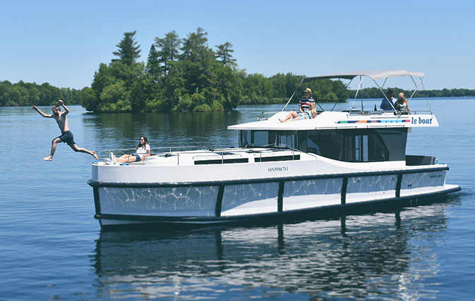 Le-Boat-set-to-resume-sailings-on-the-historic-Rideau-Canal-3