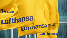 Lufthansa Group airlines and Travelport sign new distribution agreement