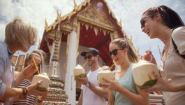 Thailand plans quarantine free entry for vaccinated tourists