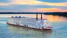 American Queen Steamboat Company christen American Countess