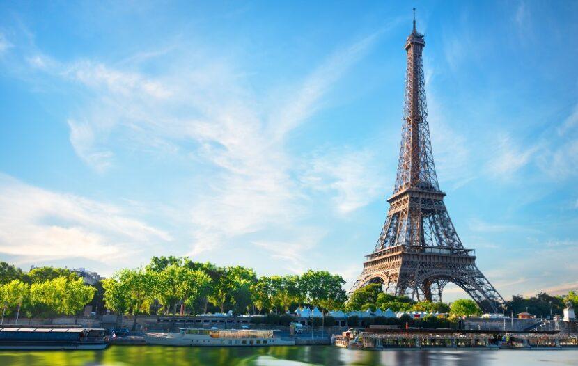 France trials digital COVID-19 travel certificate; Panama green lights IATA Travel Pass