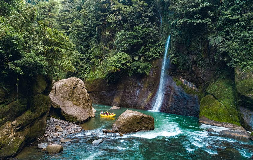 Become a Costa Rica specialist for a chance to win a weekly prize