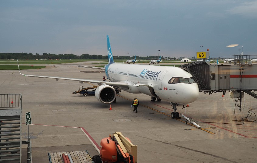 Air Transat back in the sky, summer program now underway