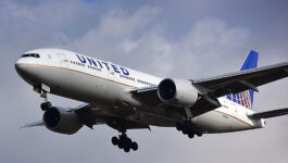 Variant, what variant? U.S. airlines report strong booking volumes