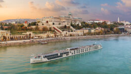 Crystal River Cruises extends vaccination requirement through Dec. 2022