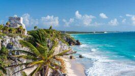 Canadian agents honoured at Karisma's GIVC Awards event in Riviera Maya